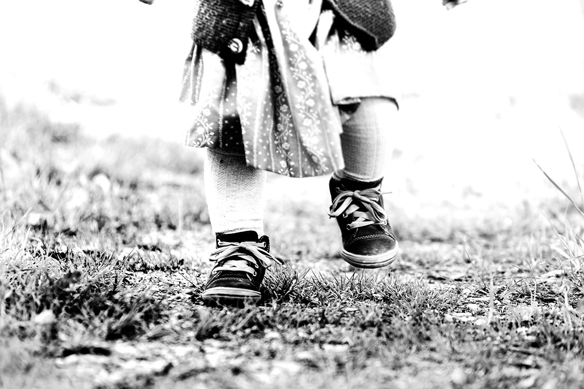 Erste Schritte - by mOnA - MORI Fotografie