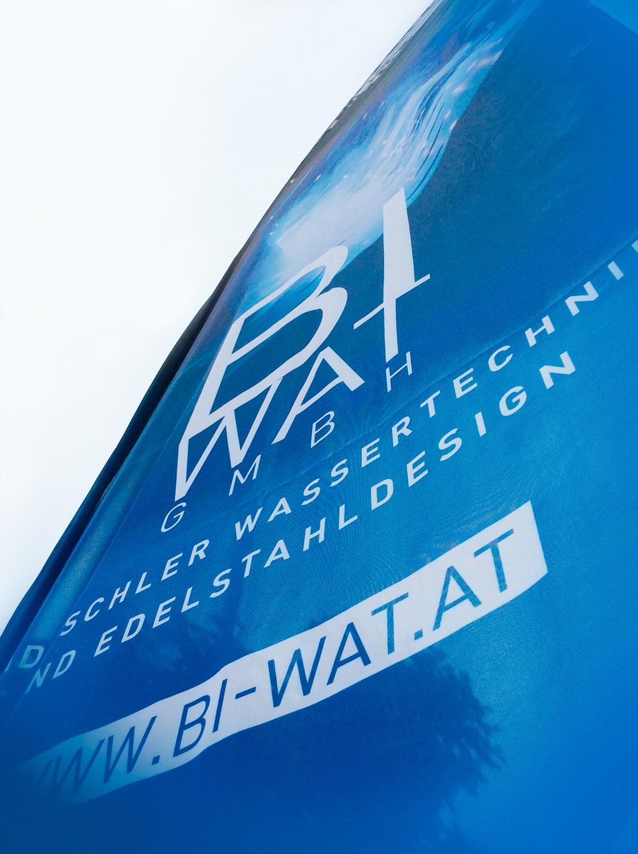 Beachflags gestaltet für BI-WAT - MORI Werbung & Fotografie